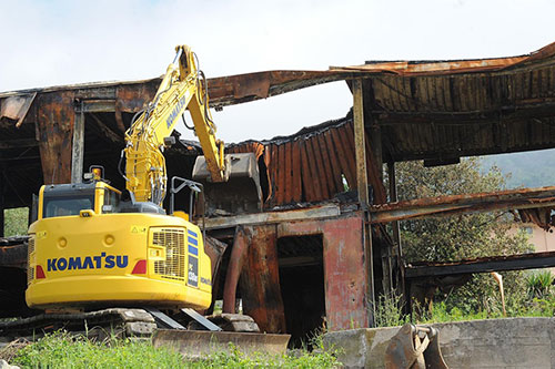 Demoliti i prefabbricati di Ogliara