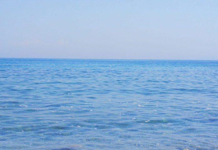 Mare a settembre, controlli dell'Arpac: criticità a Battipaglia, a Capaccio e San Giovanni a Piro nessuna microalga tossica per l'uomo