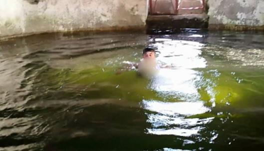 Guarisce dopo l'immersione alla fonte miracolosa di Bagni, a Scafati si grida al miracolo