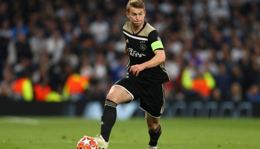 Ufficiale l'approdo di de Ligt alla Juventus, per lui un quinquennale da oltre 85 milioni
