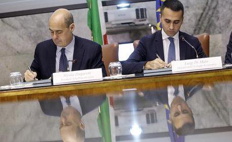 Governo: Zingaretti vede Di Maio, ma è scontro sul nome di Conte