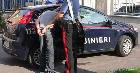 Cocaina e bombe carta: Carabinieri arrestano 44enne