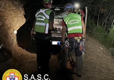 Ciclista nel dirupo, salvato dal soccorso alpino