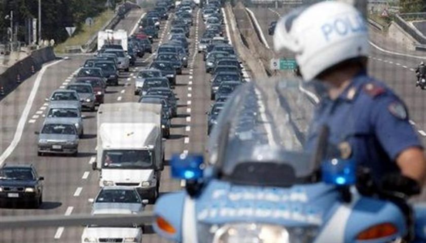 Esodo di Ferragosto: intensificati i presidi delle forze dell'ordine