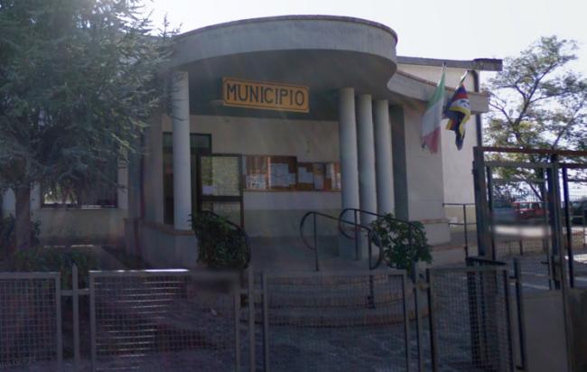 Castelnuovo Cilento: colpo in municipio, rubate carte d'identità
