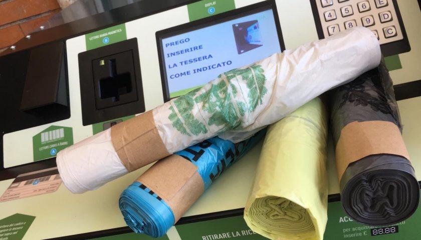 Raccolta dei rifiuti a Sant'Egidio del Monte Albino: operative le macchine automatiche per la distribuzione dei sacchetti