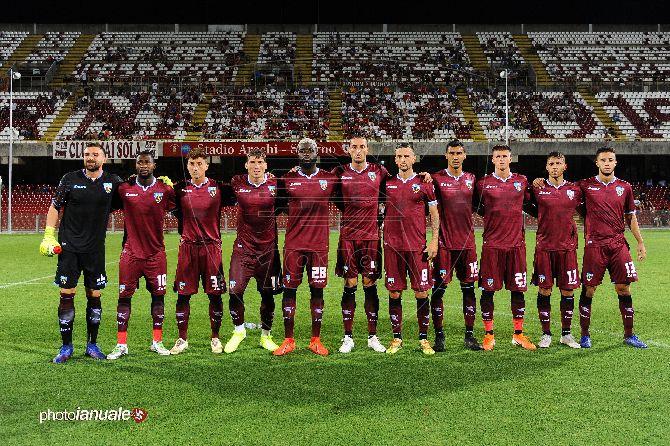 La Salernitana batte il Catanzaro e si regala il Lecce nel terzo turno di Coppa Italia