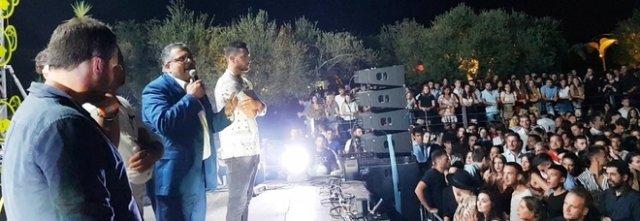 Il sindaco di Agropoli in discoteca: «Non esageriamo con lo sballo»