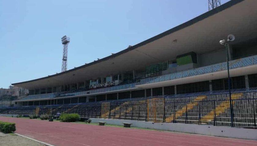 Stadio di Cava: settimana prossima saranno alzate le torri per i fari