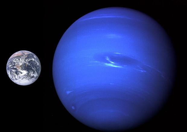 Un corteo di astri per Nettuno, nel cielo di settembre