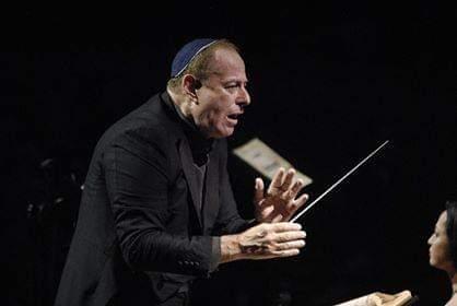 Daniel Oren dirige l'Orchestra del Teatro di San Carlo Napoli nella magica location del Parco Archeologico di Paestum