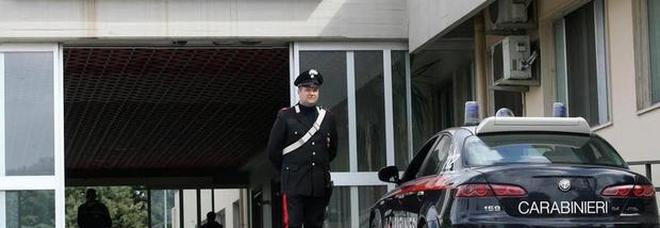 Giallo a Battipaglia: bagnino trovato morto tra le cabine di un lido