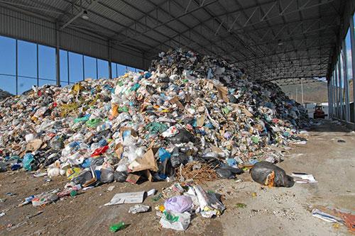 Gestione integrata ciclo rifiuti: appello dei sindaci all'Ente d'Ambito