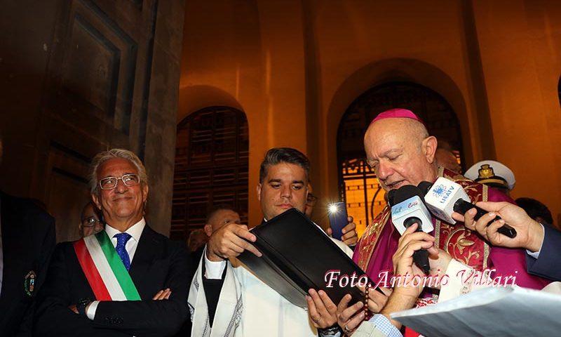 Il San Matteo delle prime volte: anche il sindaco in processione