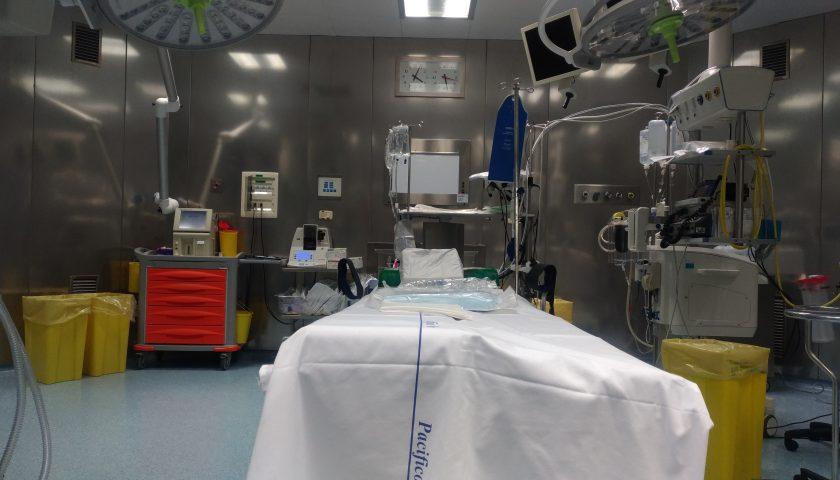 Rivoluzionario intervento presso la Cardiochirurgia d'Urgenza del Ruggi di Salerno su di un paziente 71enne
