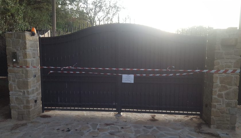 Abusivismo a Castellabate: Scattano i sigilli nei pressi di Licosa