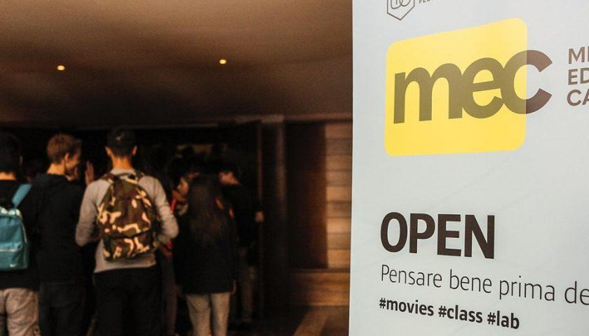 """""""Open – pensare bene prima dell'uso"""": a Salerno studenti e docenti a scuola di Media Education"""