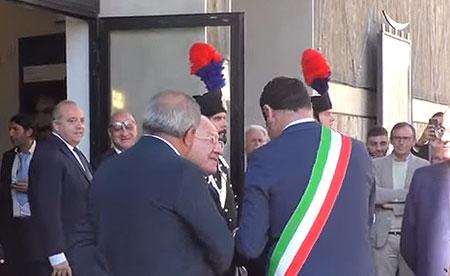 «Dici troppe stronz…». De Luca bacchetta il sindaco di Avellino che risponde sui social: «Abbia rispetto per la mia comunità»