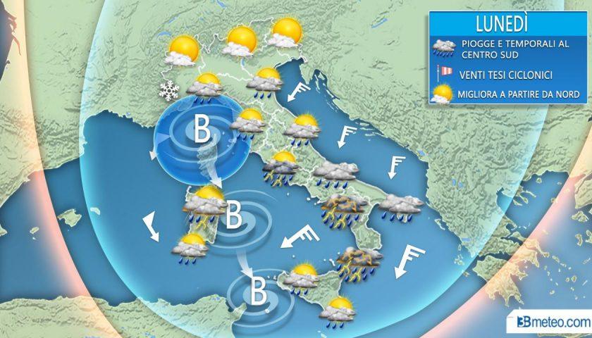 Meteo: avviso di allerta per lunedì per piogge e temporali