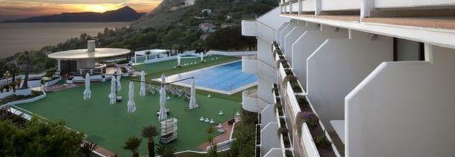 Hotel non pagato al cast della Rai, il vicesindaco sborserà 30mila euro