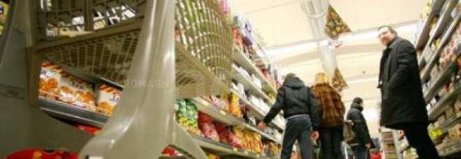 Emergenza Covid 19, stangata sulla spesa degli italiani: il report dei Consumatori