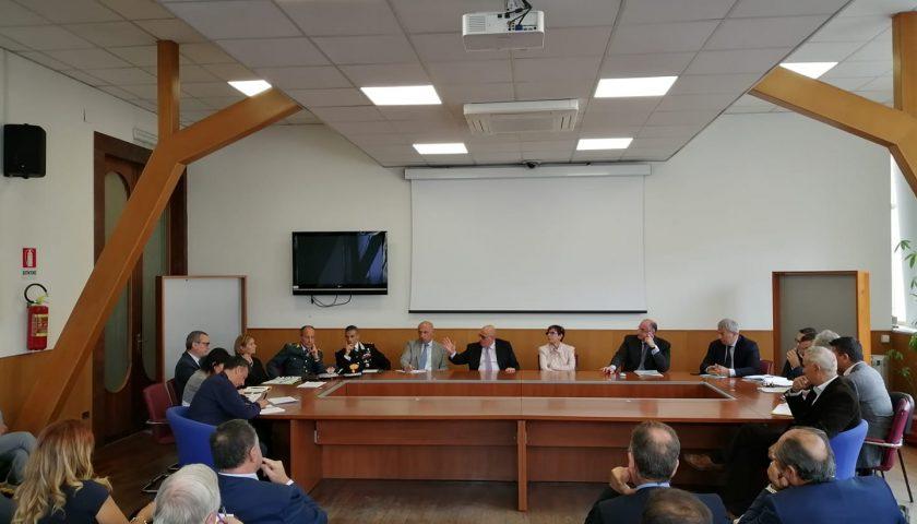 Salerno: in Prefettura tavolo istituzionale sugli incendi a Battipaglia