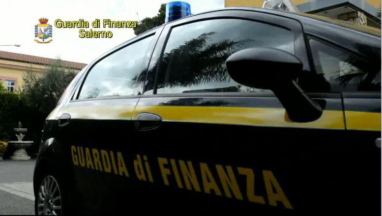 Bancarotta fraudolenta con danno patrimoniale: sequestrati beni immobili e quote societarie ad imprenditori dell'Agro