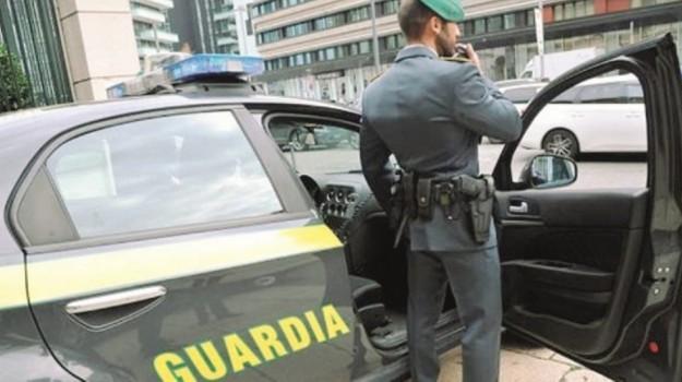 Disoccupata, turista a Siena: salernitana denunciata mentre era in atteggiamento confidenziale con un pisano