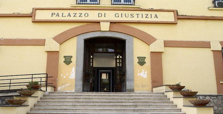 Truffe alle assicurazioni, chiesto il giudizio anche per 4 carabinieri di Mercato San Severino