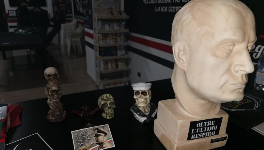 Scontri Nocerina/Foggia, 8 tifosi pugliesi nei guai perchè inneggiavano al nazismo