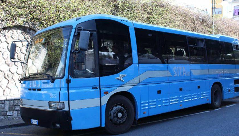 Aggressioni e danni ai bus della Sita, l'allarme del direttore Spinosa