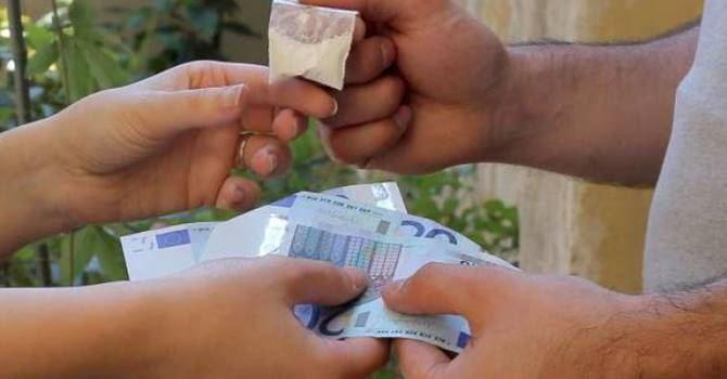 Spaccio di droga a Nocera Inferiore, la Procura non fa sconti a 8 pusher: subito a processo