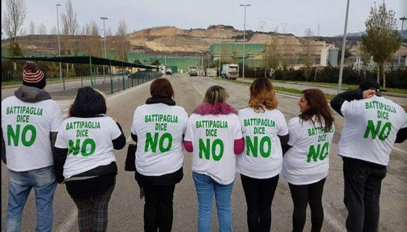 """Blitz in Provincia del comitato ambientalista: """"Battipaglia dice no"""""""