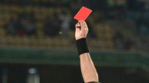 Calcio violento nel Dilettanti, a Pagani schiaffi e pugni in campo tra dirigenti e calciatori: maxi squalifiche