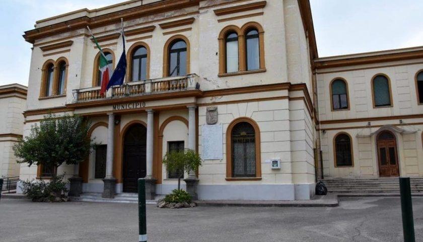 Ombre sugli eventi natalizi a Pontecagnano, al via il processo per Ernesto Sica e la sua Giunta
