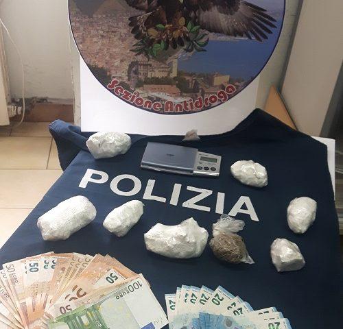 Detenevano in casa cocaina e marijuana, arrestata coppia di coniugi incensurata