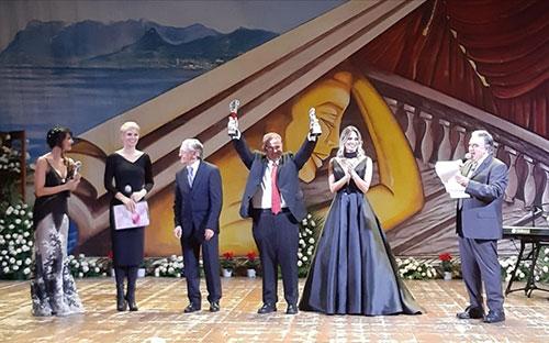 Serata finale del Festival del Cinema di Salerno tra vincitori e il ricordo di Antonello Falqui