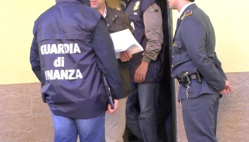 Droga da Nocera Inferiore a Palermo, scattano due arresti