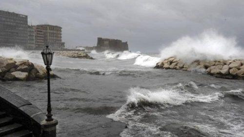 La protezione civile Regione Campania: prorogata allerta meteo fino alle 6 di domenica mattina