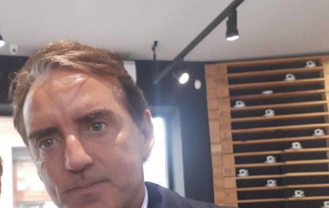 Salerno, visita a sorpresa del ct Roberto Mancini in città