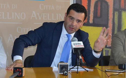 Avellino, il sindaco Festa: «Le nostre Luci d'Artista sono per le famiglie e faremo la differenza»