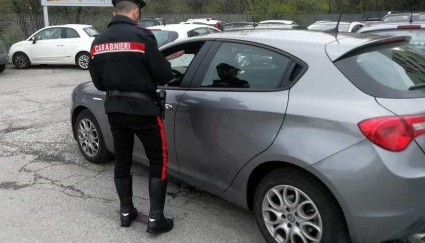 Scoperto con 32 chili di marijuana nel bagagliaio dell'auto: albanese arrestato a San Marzano sul Sarno