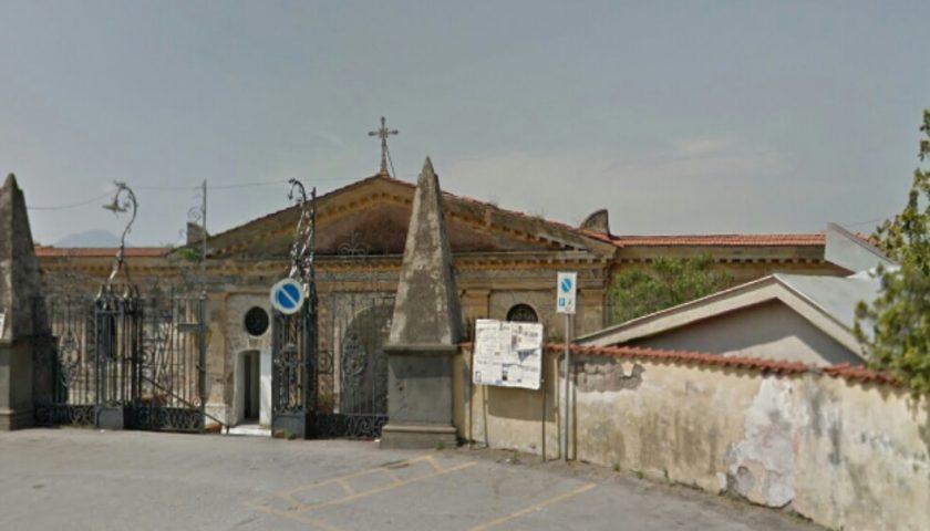 Cimitero di Angri nel mirino di vandali e ladri, disposta videosorveglianza con 14 telecamere