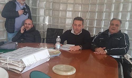 Riorganizzazione vigili urbani, il sindacato occupa la stanza dell'assessore De Maio