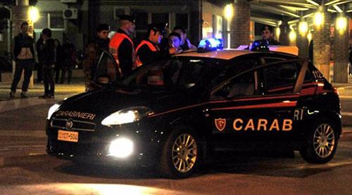 Colpo nella notte in un negozio di ortopedici, indagano i carabinieri
