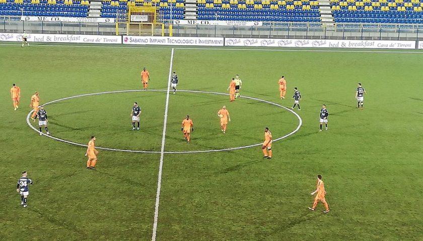 """Altalena di gol al """"Menti"""" di Castellammare, il Bisceglie inchioda la Cavese sul pareggio"""