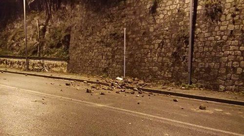 Maltempo, il Comune di Salerno ordina la pulizia di terreni e giardini: «Nell'eventualità di danni pagheranno loro»