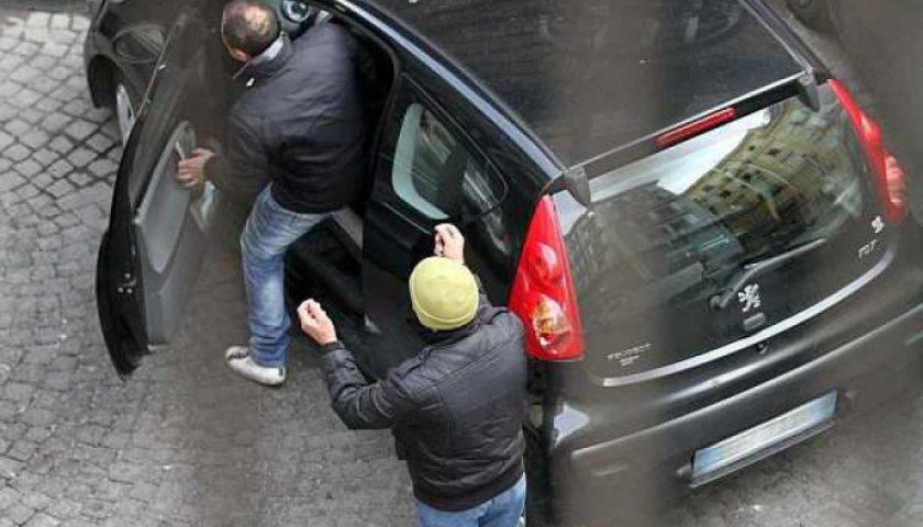 """""""Capo, nu cafè"""", ecco le richieste dei parcheggiatori abusivi e la """"mappa"""" della città che si erano divisi"""