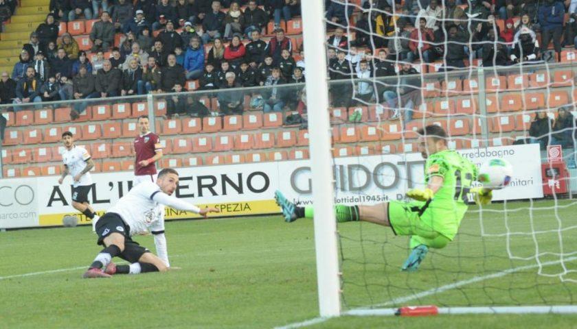 Si ferma a La Spezia la mini serie positiva della Salernitana, inutile il gol di Jallow
