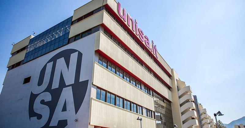 Unisa ottava in Italia e secondo Ateneo per la comunicazione e i servizi digitali e terzo per il diritto allo studio
